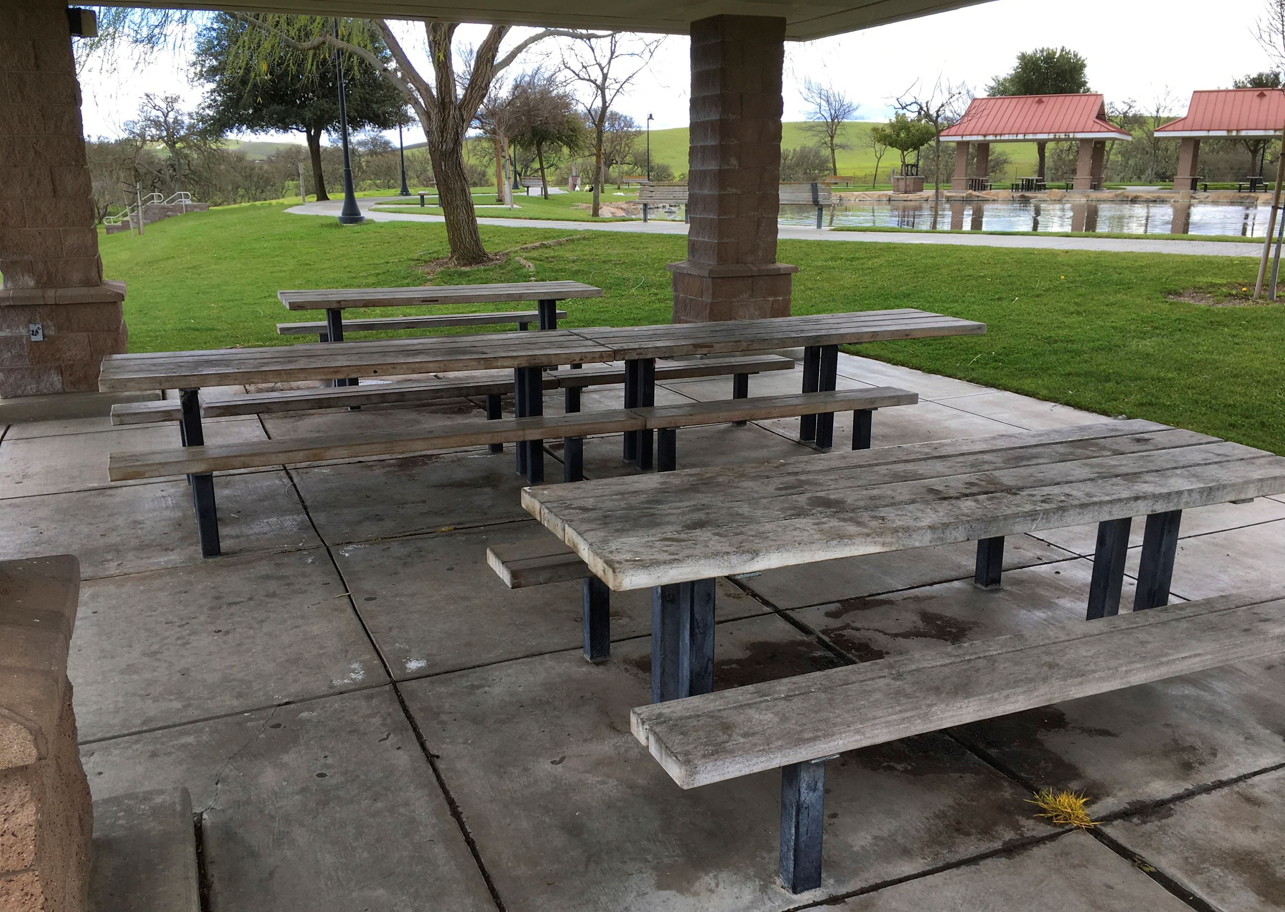 BSP Small Lake Pavilion Tables